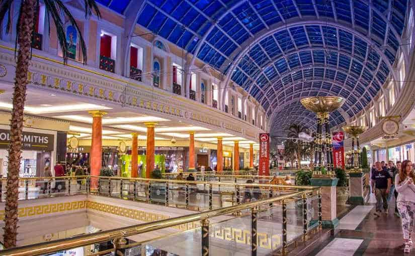 Trafford Centre could have to close whilst finance sorted